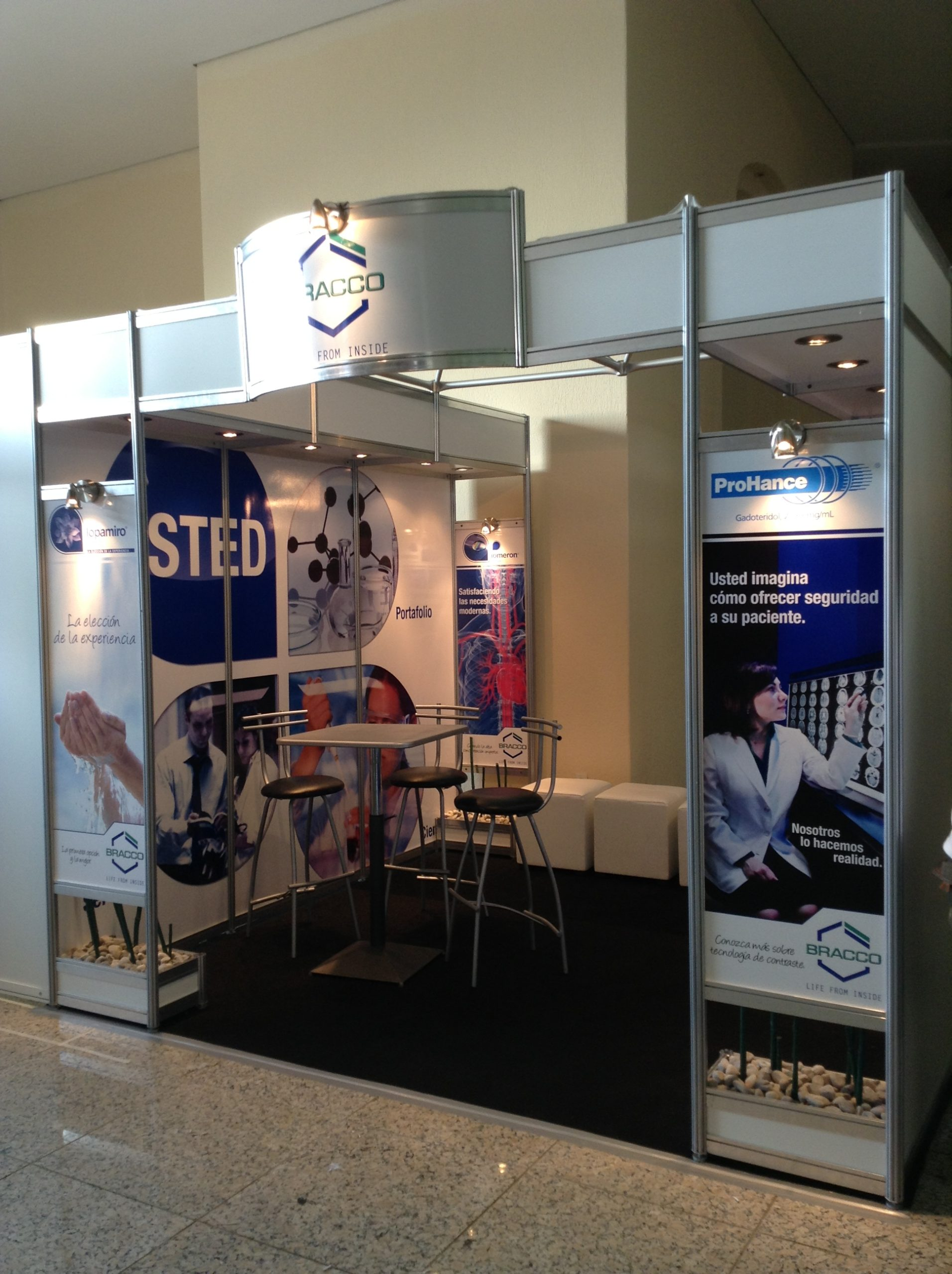 Stand 3 3 bracco dise o de stands en canc n stands en canc n elstand com - Stand de diseno ...